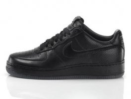 Jay-Z for Nike Air Force 1 - All Black Everything collection - Puerto (...)